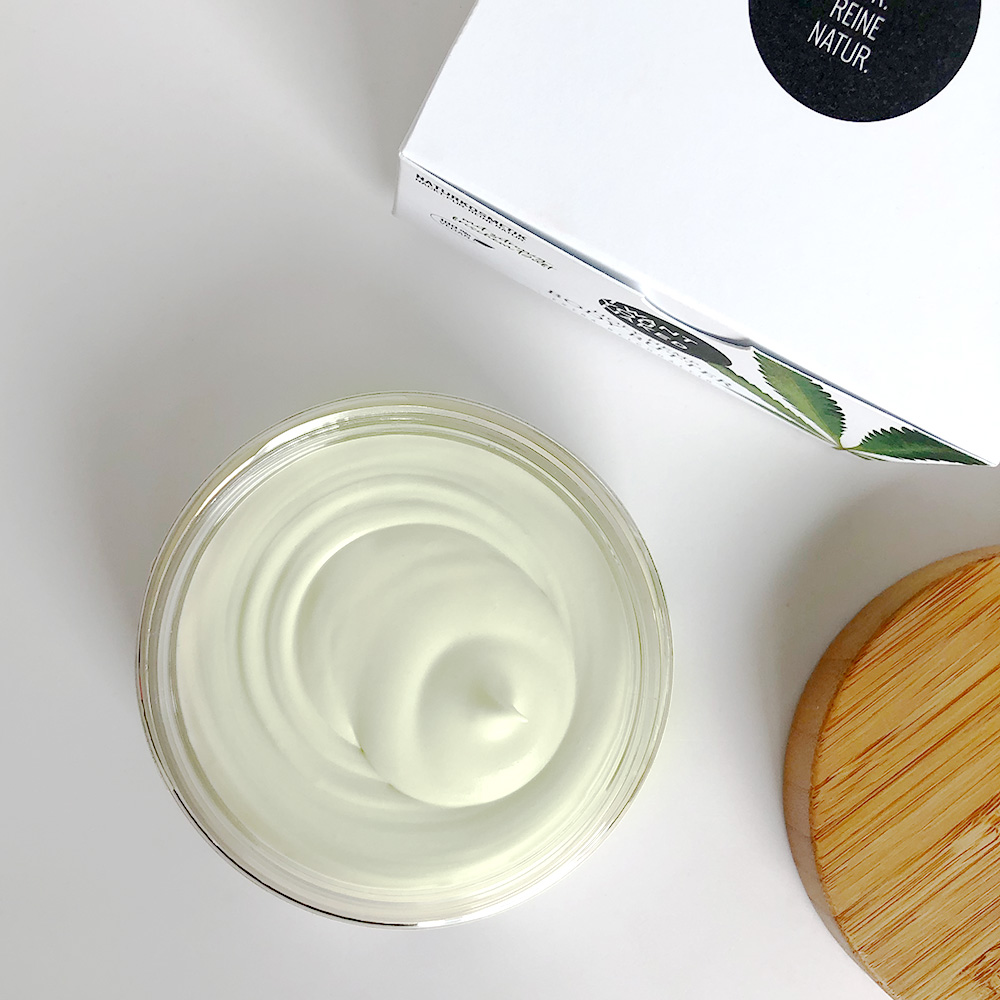 HOLY HEMP Body Butter Bio-Hanfsamenöl Vitamin
