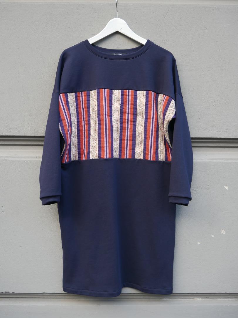 MIO ANIMO - CUT DRESS -