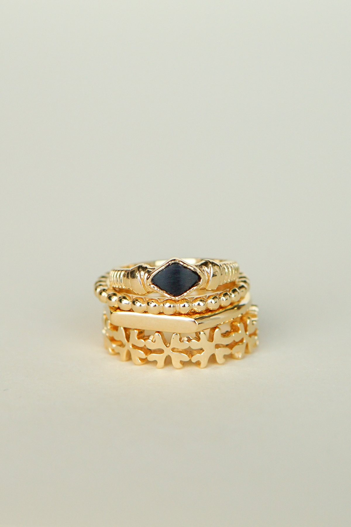 wildthings collectables Small dots stacking ring