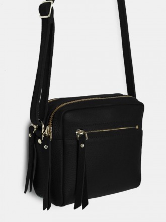 Cubo Mini Grained Black Shoulder Bag