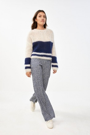 by-bar evi astro pullover option blue