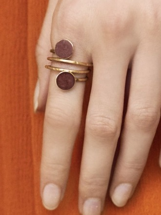 Statement Ring golden mit roten patinierten