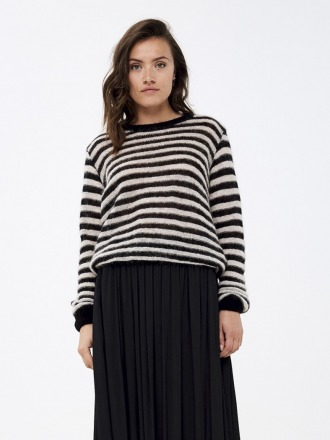 Gwen Pullover by-bar amsterdam black-off white