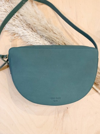 Frida Western Dark Mint ann kurz