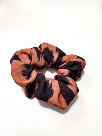 MIO ANIMO Scrunchie Wildcat Fair made