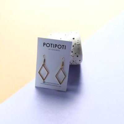 POTIPOTI Ohrringe Raute vergoldet Handmade in