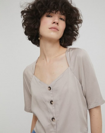 RITA ROW Filis Shirt Sand Ethically