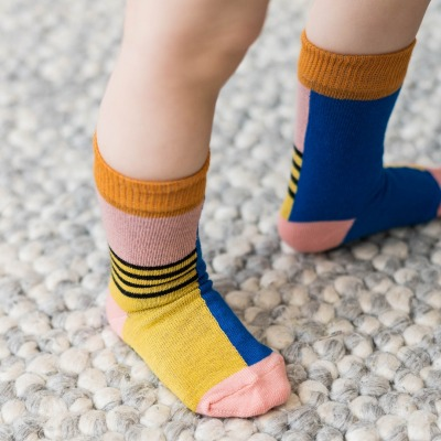 Nice Babysocken halb/halb brick yellow in