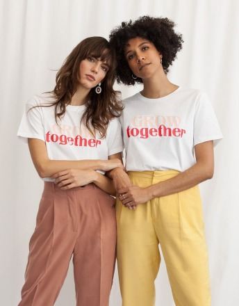 GROW TOGETHER WOMOM T-SHIRT aus 100