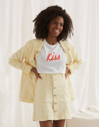 KISS WOMOM T-SHIRT aus 100 Organic