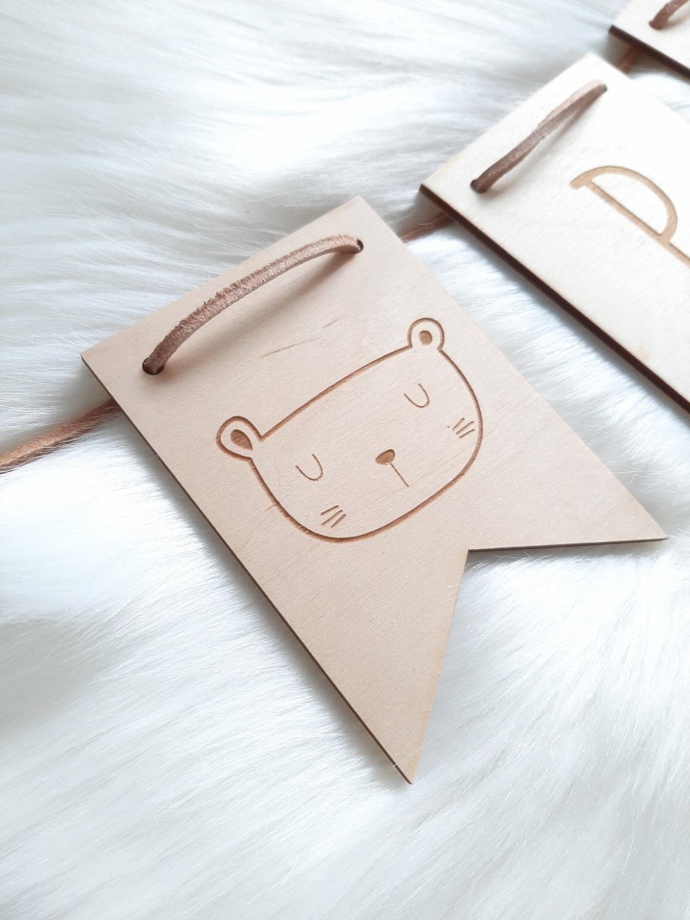 Wimpel Girlande personalisiert aus Holz 4