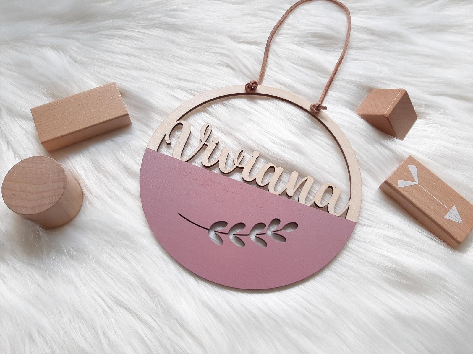 Namensschild Bunt mit Motive aus Holz