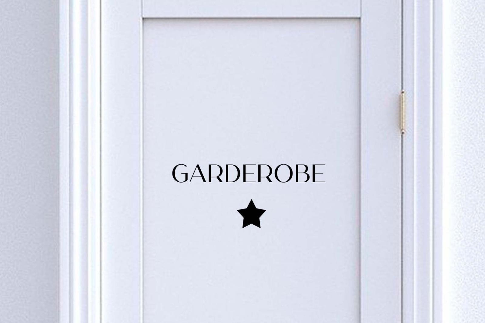Türschild Garderobe mit Symbol: Herz Blatt