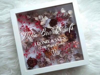 Mein Brautstrauß im Bilderrahmen Hochzeitserinnerung personalisierter