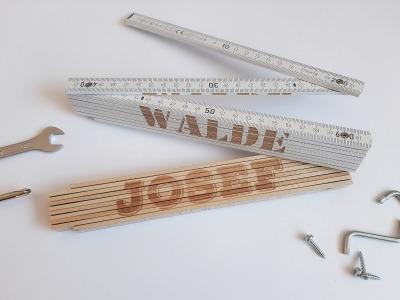 Meterstab mit Namen Zollstock graviert Maßstab