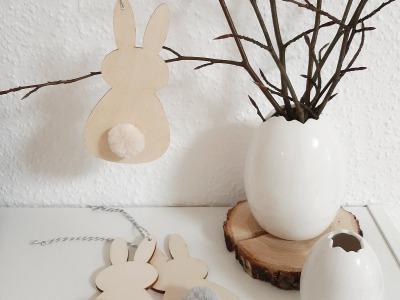 Osterhasen mit Bommel als Aufhänger Home