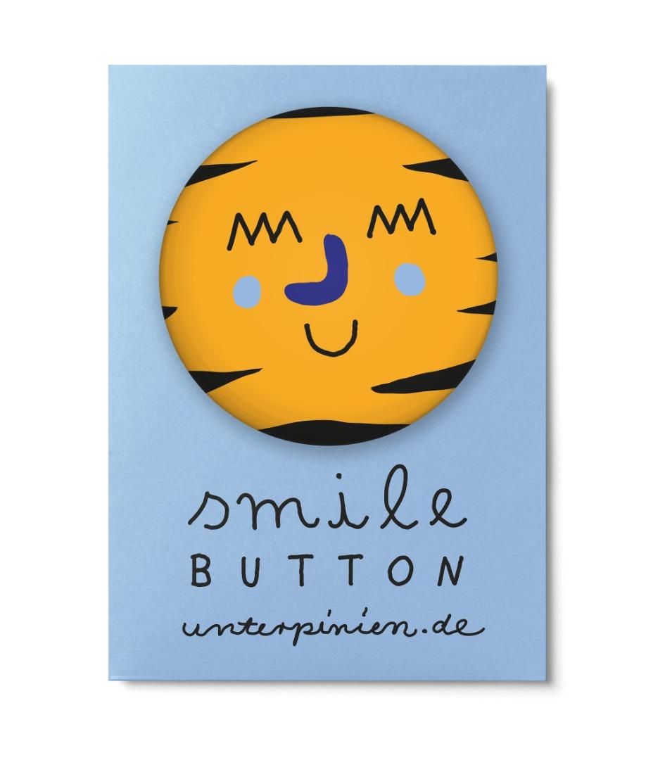 Smile Button Smart Unter Pinien