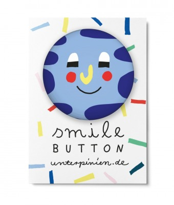 Smile Button Relaxed Unter Pinien Relaxed