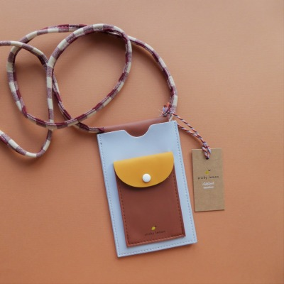 Handytasche xl chocolate sundae daisy yellow