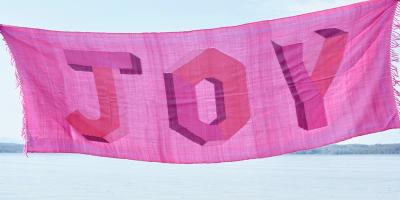 Joy in Pink 100 handknotted Merino
