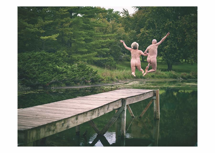 Nude Leap Card
