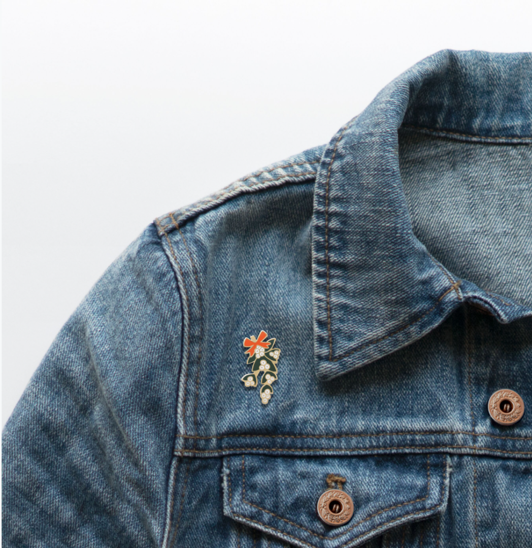 Mistletoe Pin 3