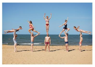 Beach Acrobats - VE 6